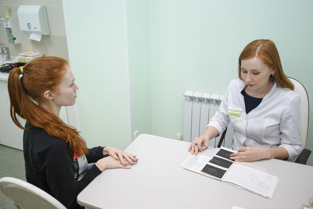 smotret-priem-u-ginekologa-foto-zhenskogo-tela